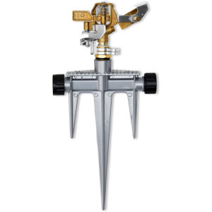 Impact sprinkler with a brass head & metal stake, 360° pattern, 40-49 foot spray distance