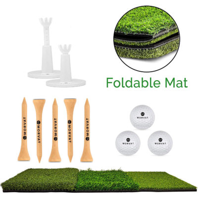 The package includes 1 foldable golf turf, adjustable plastic tees, wooden tees and golf balls.
